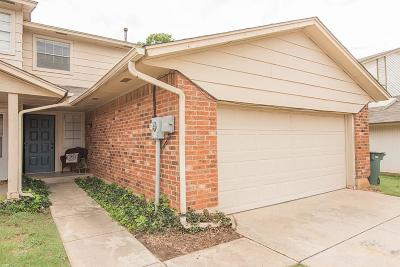 Canadian County, Oklahoma County Condo/Townhouse For Sale: 3736 Summer Cloud Drive