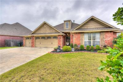 Choctaw OK Single Family Home Pending: $214,900
