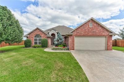 Moore Single Family Home For Sale: 1130 Jacob Drive
