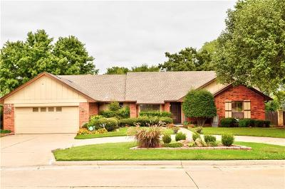 Shawnee Single Family Home For Sale: 2304 Robinwood Place