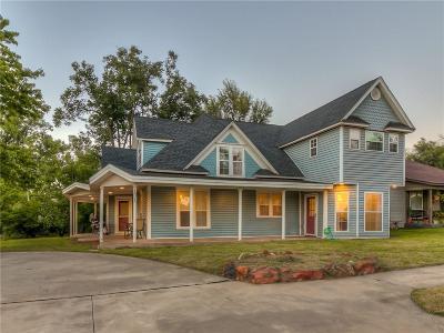 Yukon Single Family Home For Sale: 131 Oak Avenue