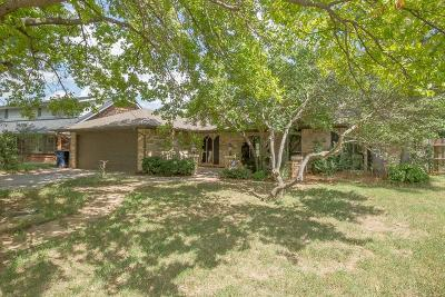 Oklahoma City Single Family Home For Sale: 9026 Rolling Green Avenue