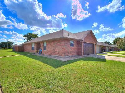 Oklahoma City OK Single Family Home For Sale: $119,900