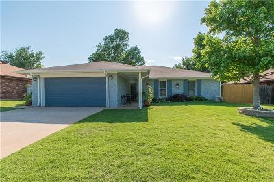 Midwest City Single Family Home For Sale: 1709 Ballad Drive