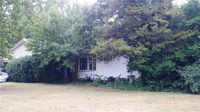 Oklahoma City Single Family Home For Sale: 2813 Drakestone Avenue