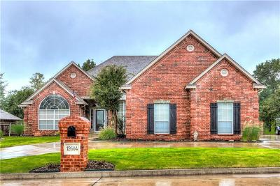 Choctaw OK Single Family Home For Sale: $304,900