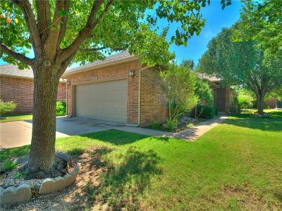Edmond Attached For Sale: 1928 NW 160th Place