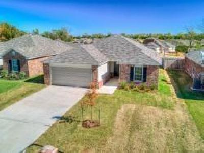 Single Family Home For Sale: 5613 Dunlin Road