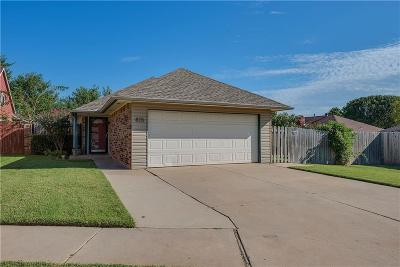 Moore Single Family Home For Sale: 815 NE 17th Court