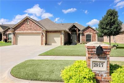 Moore Single Family Home For Sale: 2917 Elmo Way