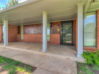 Oklahoma City Single Family Home For Sale: 12609 Saint Andrews Terrace