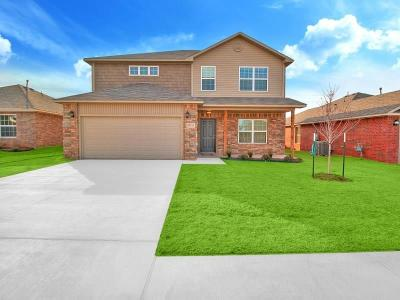Mustang Single Family Home For Sale: 1820 W Antler Way