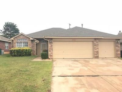 Edmond Single Family Home For Sale: 17328 Valley Crest