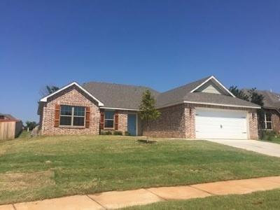 Moore Rental For Rent: 713 S Patterson