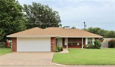 Cushing Single Family Home For Sale: 808 S Howerton