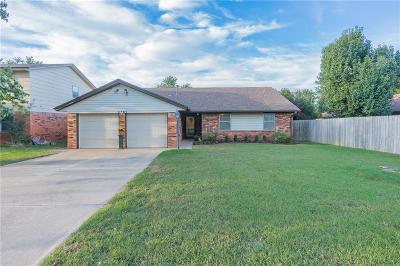 Single Family Home For Sale: 8705 NW 87th Street