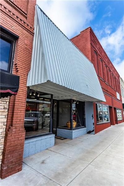 Weatherford Commercial For Sale: 112 W Main Street