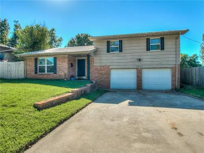 Bethany Single Family Home For Sale: 3117 N McMillan Avenue