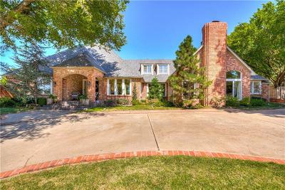 Edmond Single Family Home For Sale: 613 Country Club Drive