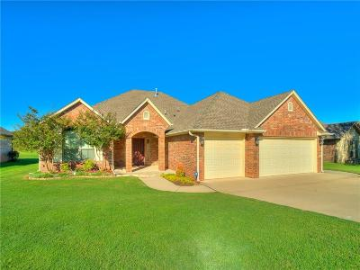Midwest City Single Family Home For Sale: 389 Cambridge Road