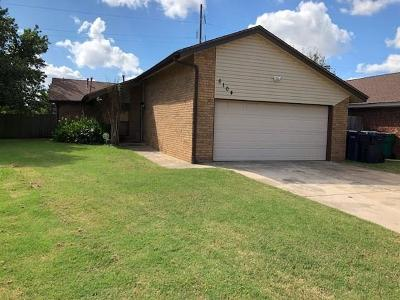 Single Family Home For Sale: 8104 NW 78 Terrace