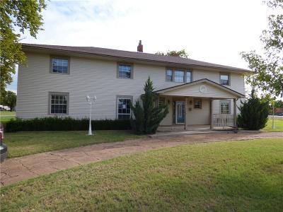 Snyder Single Family Home For Sale