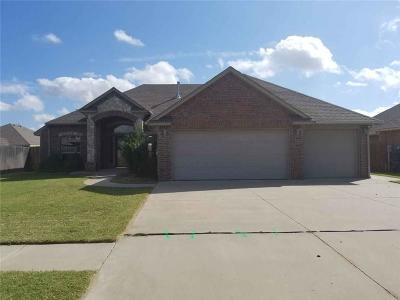 Canadian County, Oklahoma County Single Family Home For Sale: 1812 Breakers Boulevard