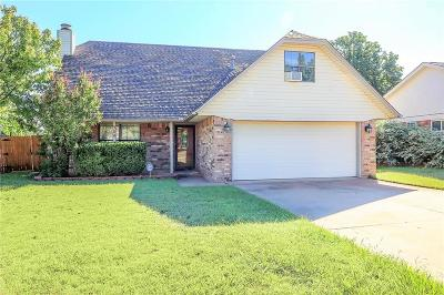 Edmond Single Family Home For Sale: 504 Rolling Hills Terrace