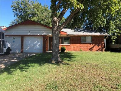 Moore Single Family Home For Sale: 624 N Dillon Avenue