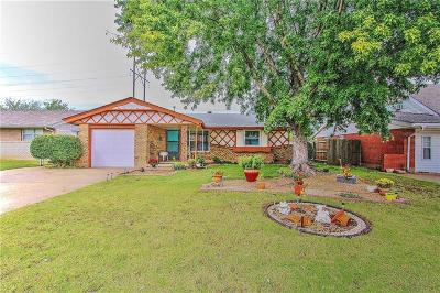 Oklahoma City Single Family Home For Sale: 2717 SW 82 Street