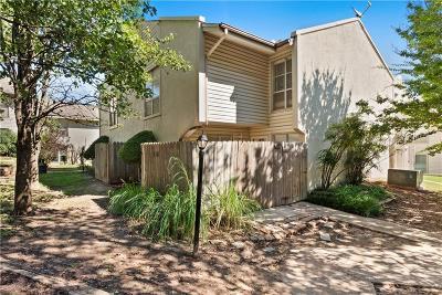 Norman Condo/Townhouse For Sale: 838 Cardinal Creek Boulevard
