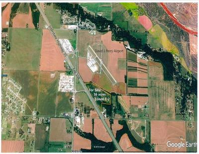Commercial For Sale: I-35 & Goldsby