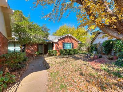 Oklahoma City Single Family Home For Sale: 6621 Parkwood Lane