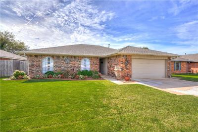 Oklahoma City OK Single Family Home For Sale: $165,900
