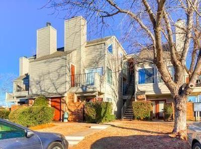Oklahoma City Condo/Townhouse For Sale: 11510 N May Avenue #302-B