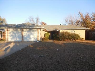 Canadian County, Oklahoma County Single Family Home For Sale: 11308 Bel Air Place