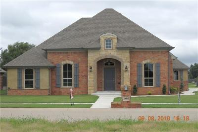 Tuttle Single Family Home For Sale: 509 Kings Ct.