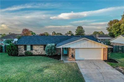 Weatherford Single Family Home For Sale: 2211 Peach