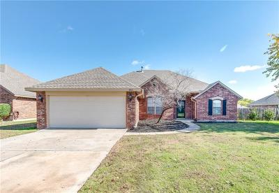 Moore Single Family Home For Sale: 4504 Katie Ridge Drive