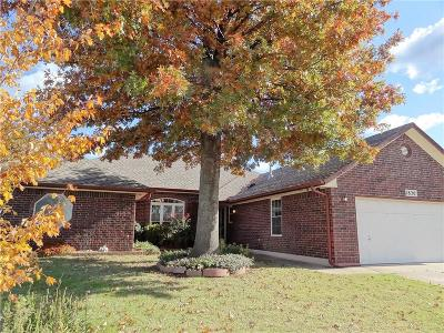 Midwest City Single Family Home For Sale: 1820 Goldenrod Lane