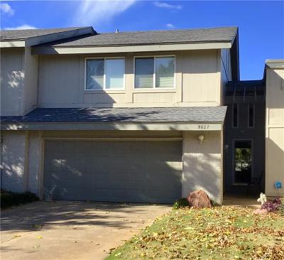 Canadian County, Oklahoma County Condo/Townhouse For Sale: 9827 Hefner Village Drive