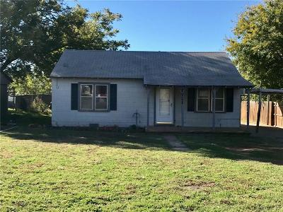 Beckham County Single Family Home For Sale: 1111 N 5th