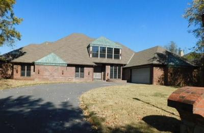Yukon Single Family Home For Sale: 9817 Stonebridge Drive