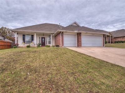 Midwest City Single Family Home For Sale: 117 Stone Creek Road