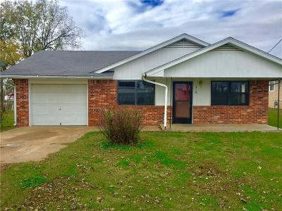 Stroud OK Single Family Home For Sale: $67,000
