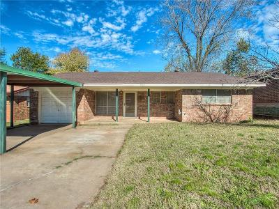 Norman Single Family Home For Sale: 913 Hunting Horse