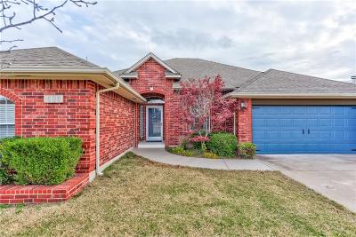 Single Family Home For Sale: 608 SW 159th Street
