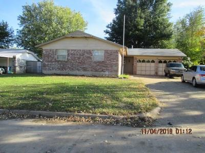 Midwest City Single Family Home For Sale: 304 W Campbell Drive