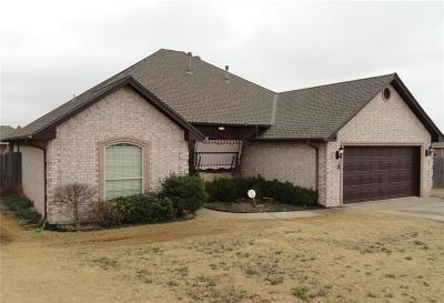 Moore Single Family Home For Sale: 3204 Gabriel Court