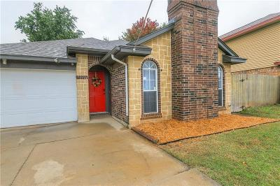 Midwest City Single Family Home For Sale: 2413 Cherry Lane
